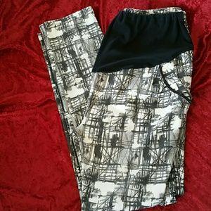 Pants - 2/$10 MATERNITY BLACK WHITE STRETCH PANTS XXL